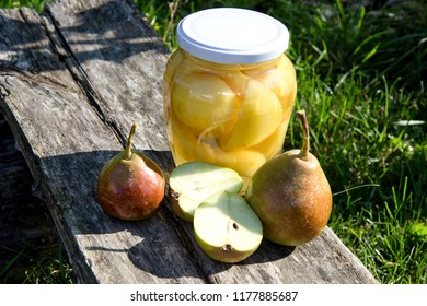 pear compote and fresh pears