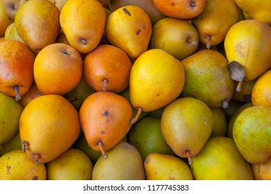 pears in the market