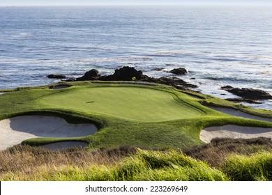 PEBBLE BEACH, CALIFORNIA -SEPTEMBER 27, 2014 : The public golf course of Pebble Beach, near Monterey, California, USA,   september 27, 2014,  in  Monterey, California, USA