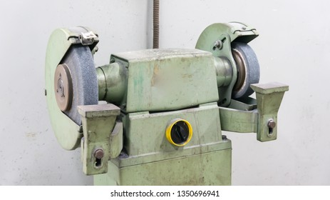 Pedestal Grinding machine in a workshop