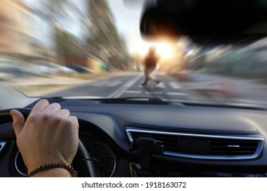 pedestrian at the crosswalk and driver inattention