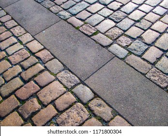 Pedestrian paving block