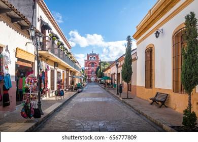 Pedestrian street and Del Carmen Arch Tower (Arco Torre del Carmen) - San Cristobal de las Casas, Chiapas, Mexico