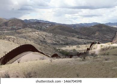 pedestrian style fencing along the US Mexico border in Tucson Sector Arizona 4638