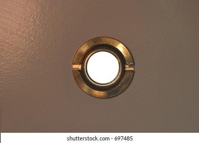 peep hole on door