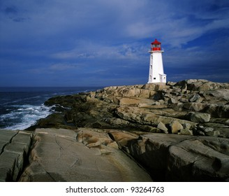 Peggy's Cove - Lighthouse in Nova Scotia's Peggy's Point (Atlantic Ocean), Canada