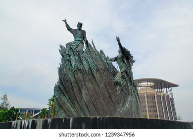 Pekan Baru, RIAU - ca, 2018: The Zapin Monument or Folk Dance Monument was inaugurated in 2012, located near the Office of the Governor of Riau. This statue has high artistic value.