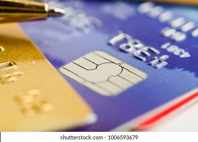 pen over credit card