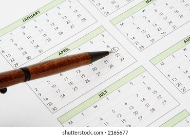 A pen point to April 15th, the U.S. tax filing deadline date