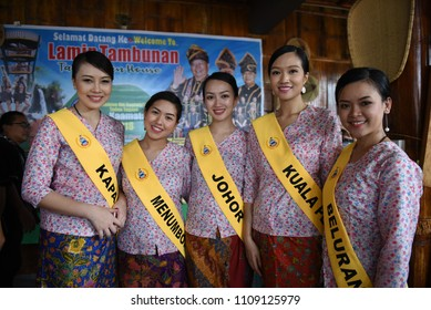 Penampang,Sabah-May 30,2018:Group of Unduk Ngadau in traditional costume during Kaamatan festival.Harvest festival,its a major yearly event for the Kadazandusun in Sabah.