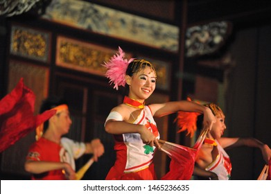 PENANG, MALAYSIA - 1 MAY 2008: Traditional Chinese culture dance performed at Leong San Tong Khoo Kongsi Chinese clanhouse in Penang. The famous Khoo Kongsi is the grandest clan temple in the country.
