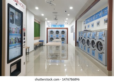 Clothes Laundry Basket Images, Stock Photos & Vectors ...