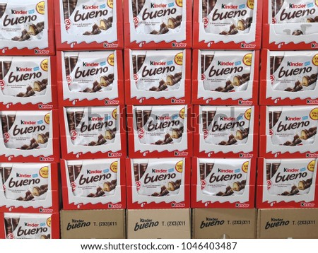 PENANG, MALAYSIA - FEB 5, 2018: Kinder Bueno Chocolate displayed on the supermarket shelf. Kinder Bueno Chocolate is a confectionery product brand line of Italian confectionery multinational