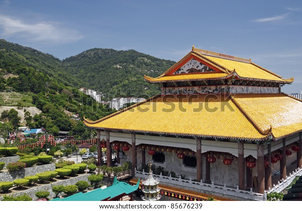PENANG, MALAYSIA - FEBRUARY 13: The decorative facade of the ceremonial hall of Kek Lok Si Temple on February 13, 2010. The temple complex is the largest buddhist temple in South East Asia.
