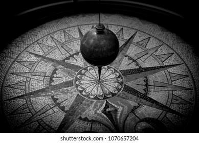 pendulum  - black and white image