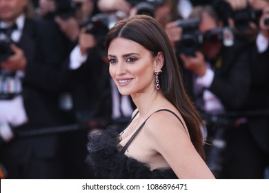 Penelope Cruz  attends the opening gala during the 71st annual Cannes Film Festival at Palais des Festivals on May 8, 2018 in Cannes, France