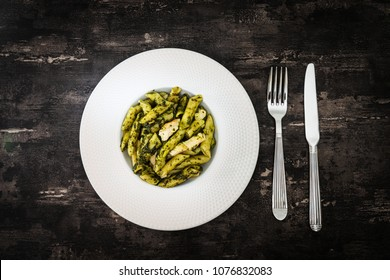 Penne with Chicken and Pesto Sauce