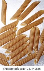 penne di pasta integrale