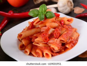 Penne pasta with tomato / arrabiata sauce