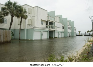 PENSACOLA - SEP 1, 2008: Flood waters engulf an apartment complex during Hurricane Gustav on September 1, 2008. Gustav damage is estimated in excess of $20 billion.