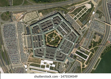 Pentagon in Washington building looking down aerial view from above