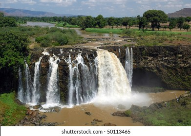 People at Blue Nile Falls in Ethiopia