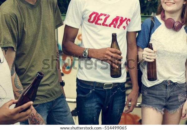 La amistad de la gente Juntos Hangout Concepto de cultura juvenil