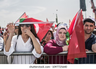 People hold Turkish and Palestinian flag during a rally in support of Palestinian people in Yenikapi rally area in Istanbul, Turkey, 18 May 2018