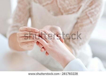 Lesbians Tribbing Close Up