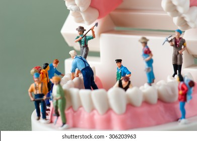 People to repair a tooth