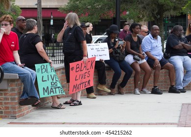 People waiting at the Ocala Square for the Black Lives Matter rally to begin on 17 July 2016