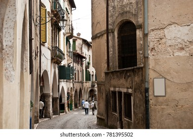 People walking around the alleys of Asolo in Treviso