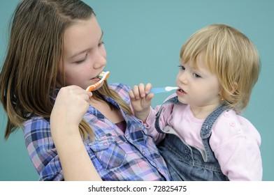 people washing teeth