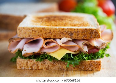 pepper ham sandwich with whole wheat bread