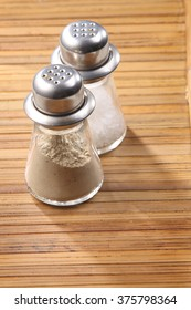 pepper powder on the wooden background