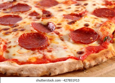 Pepperoni pizza, close-up