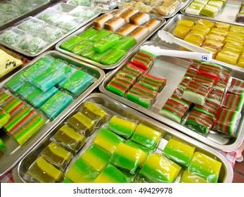 Peranakan Nyonya Kuih desserts in Singapore