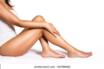 Perfect Legs - Beauty Of Smooth Skin With Waxing