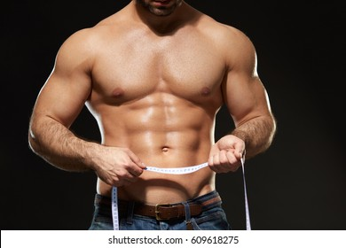 flat-guy-abs-nude