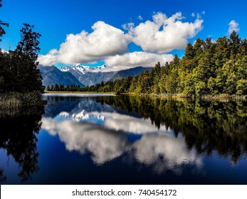 perfect reflection cloud woth blue sky