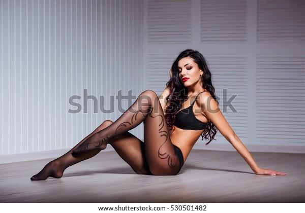 sexy frauen reizwäsche arsch