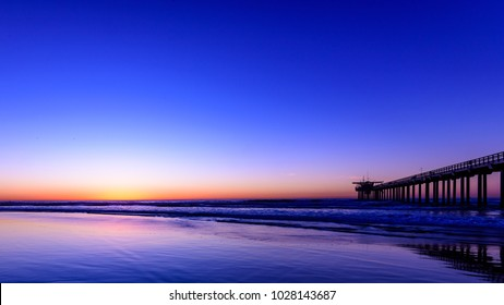 Perfect view of Scripps Pier La Jolla at Magic Hour
