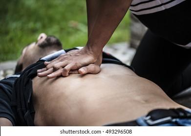 Performing resuscitation