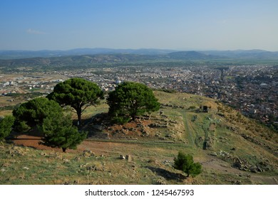 Pergamon, the Acropolis - Altar of Zeus.Today, unfortunately, only the foundations of the Altar of Zeus, the most prominent example of the Hellenistic sculpture, are found here.