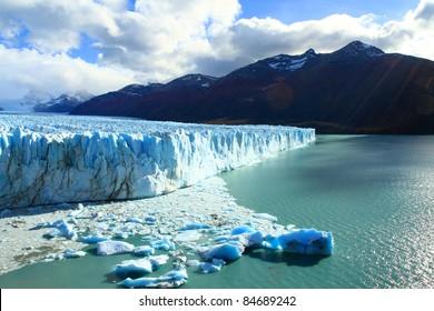 Perito Moreno glacier, el calafate, patagonia argentina