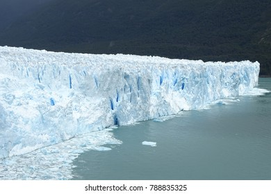 Perito Moreno glacier view, beautiful blue ice wall, Calafate, Argentina