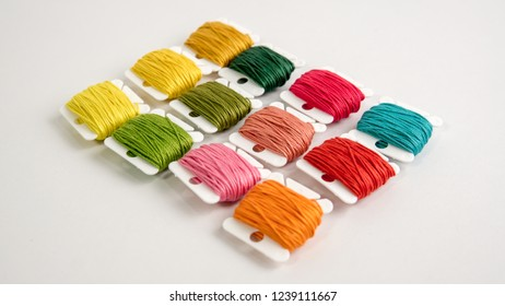 Perle/Pearl Cotton Embroidery Threads/ Plastic floss bobbins