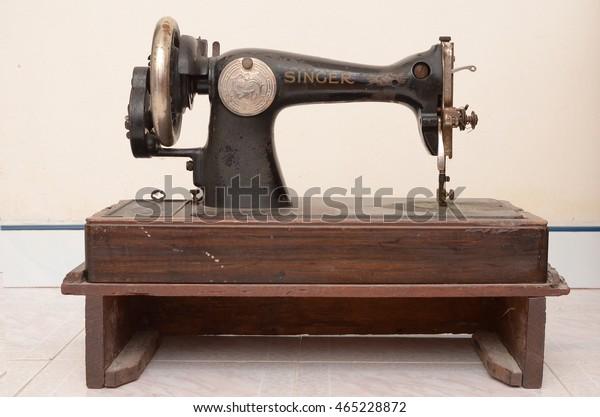 Perlis Malaysia May2016 Vintage Singer Sewing Stock Photo