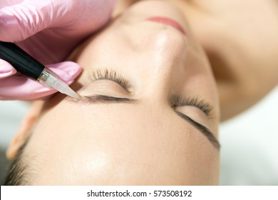 Permanent make-up (tattoo)