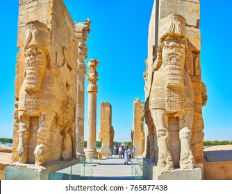 PERSEPOLIS, IRAN - OCTOBER 13, 2017: Great entrance to All Nations Gate (Xerxes Gate) in Persepolis archaeological site with giant statues of Lamassu protective deities, on October 13 in Persepolis.